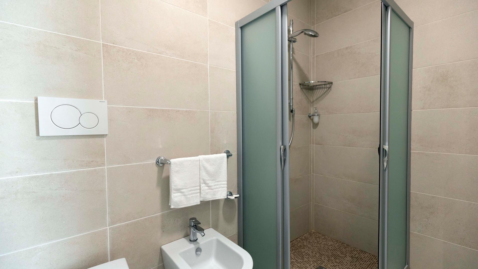 Camera standard matrimoniale - bagno