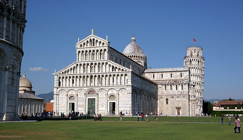 Pisa_-_Duomo_e_torre_01.jpg