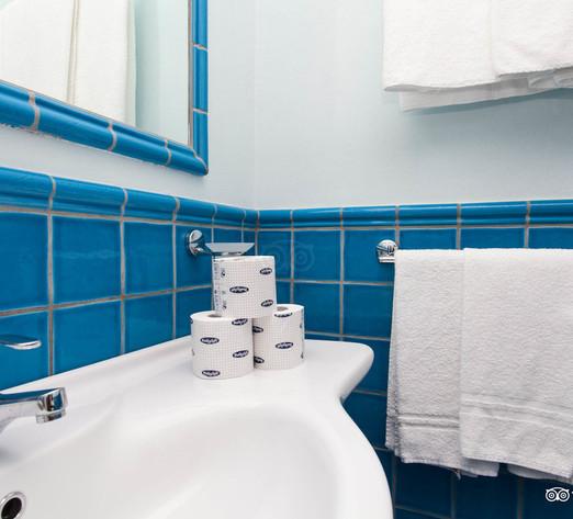 classic-room--v8364452.jpg