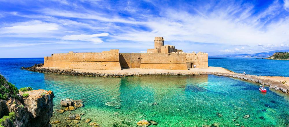 le-castella-isola-di-capo-rizzuto-beauti