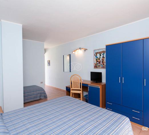 classic-room--v8364527.jpg