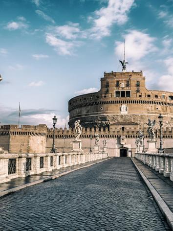 castel-sant-angelo-in-rome-italy (1).jpg