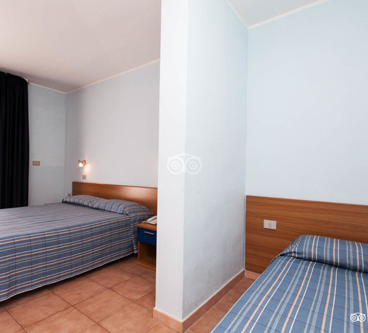 classic-room--v8364368.jpg