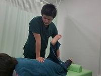 伊万里の整骨院「ごう整骨院伊万里院」|腰痛|肩こり|交通事故|治療|歪み|ダイエット|楽トレ|猫背|姿勢測定|佐賀県伊万里市