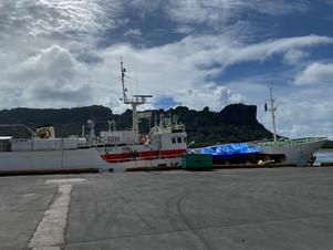 ミクロネシア共和国「ポンペイ」港へ