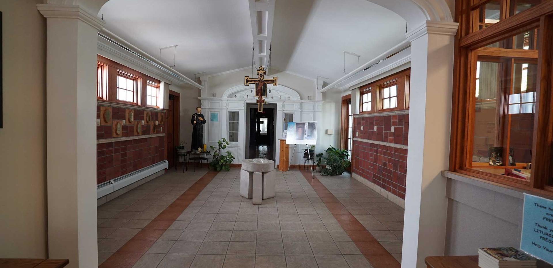33-RedemptoristRetreatCenter-MainBuildin