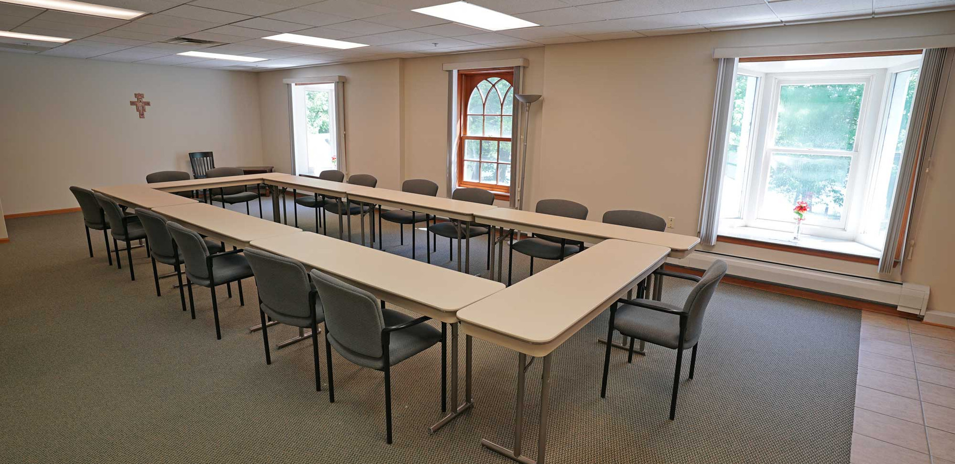 42-RedemptoristRetreatCenter-MeetingRoom