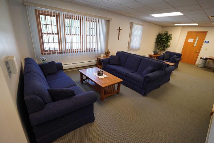 44-RedemptoristRetreatCenter-Lounge.jpg