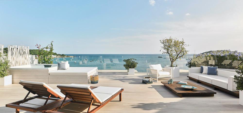 Neu im Juli: die Nobu Penthouse Suite und ein Rooftop-Bereich für Yoga und Trainings. ©Nobu Hotel Ibiza Bay