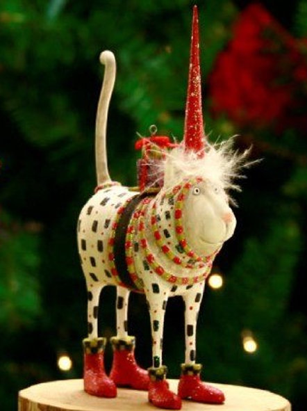 CHRISTMAS ORNAMENT - Cat Pat Santa