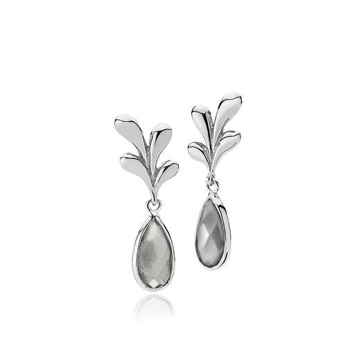 EMBRACE OHRRINGE Silber Grau
