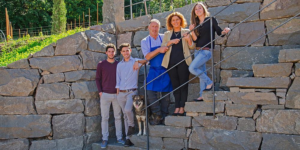 Die Pfitscher's : Weinnarren seit 7 Generationen. Und noch kein bisschen müde.