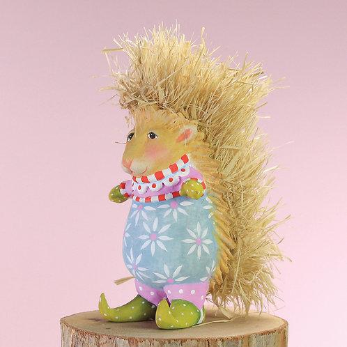 WOODLAND MINI ORNAMENT - Pansy Porcupine