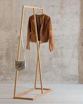 kleiderstaender-massivholz-lain-800x800_