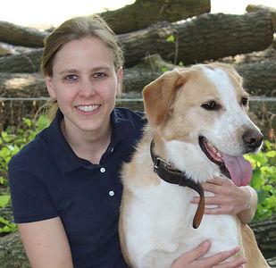 Tierärztin Dr. Treuel-Janz mit Hund Linus