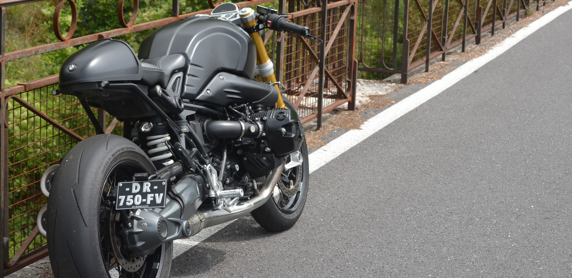 bmw ninet cafe racer