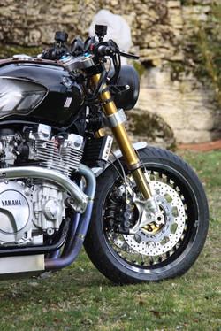 Xjr_café_racer_by_duke_motorcycles-008