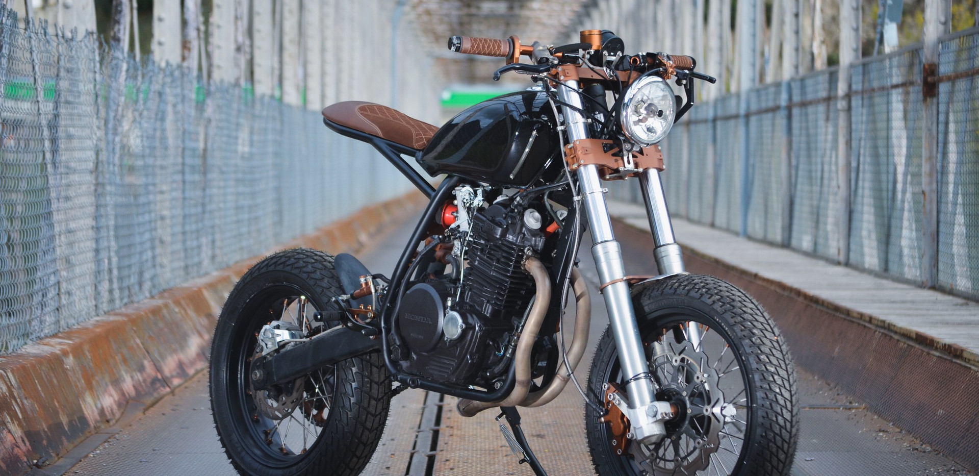 honda xr 600 duke motorcycle nice