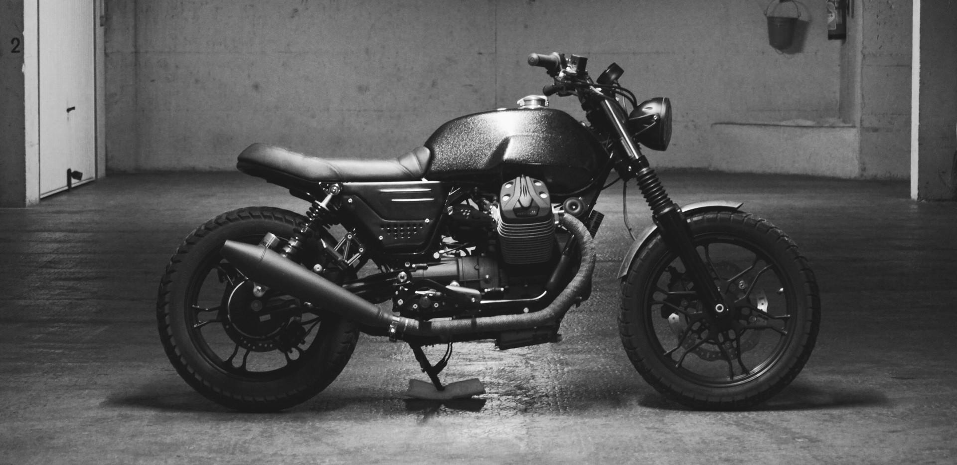 30-1-guzzi v7 scrambler duke motorcycles