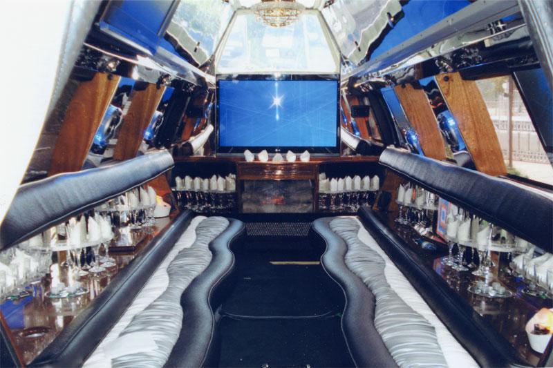 FordF650_interior-front