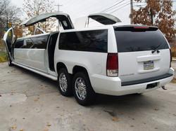 Cadillac_EscaladeSS-6a