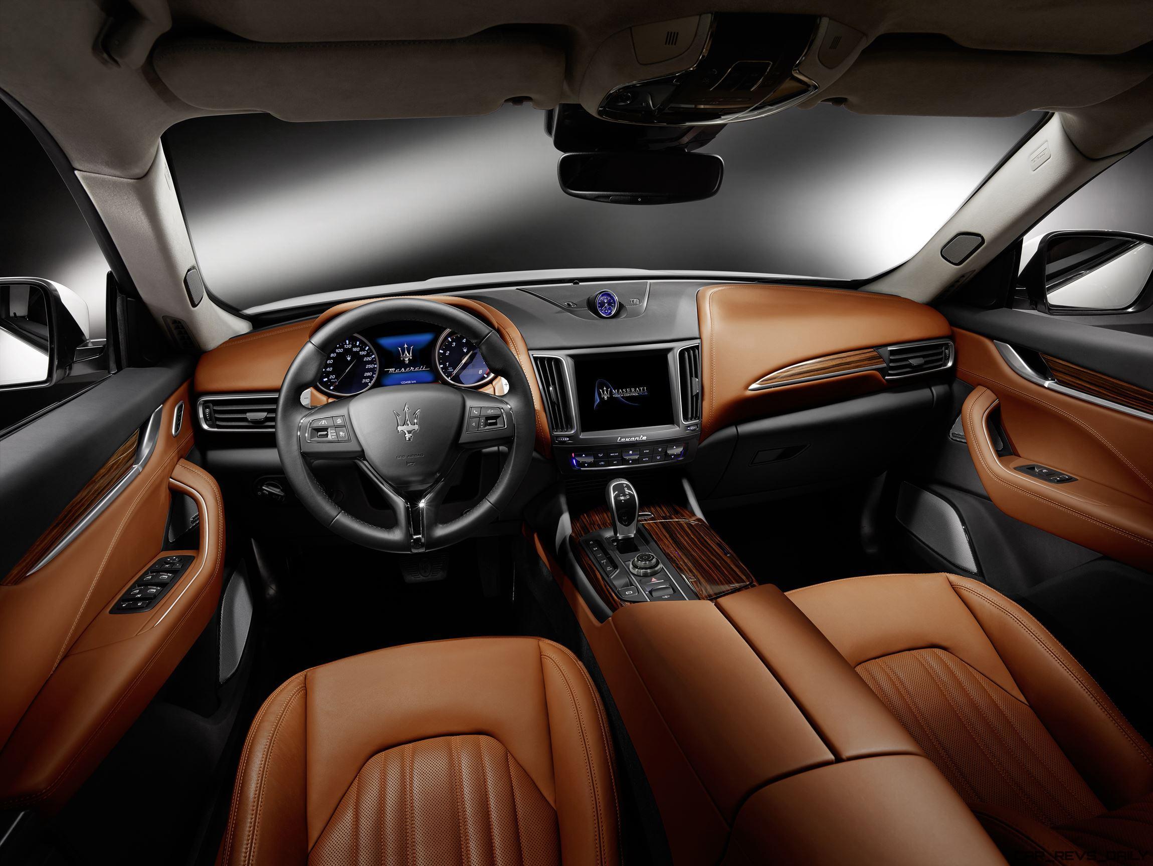 2017 Maserati Levante Interior 4