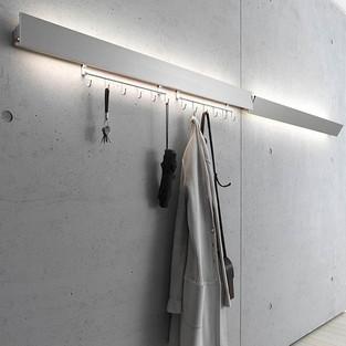 Gardarobe mit Beleuchtung