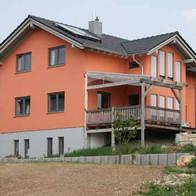 Frische Fassade erhöht den Wiederverkauf.