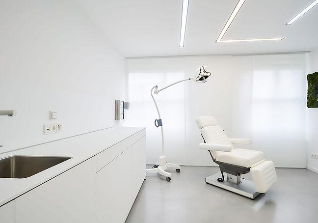plastischer-chirurg-bonn-praxis-7-1.jpg