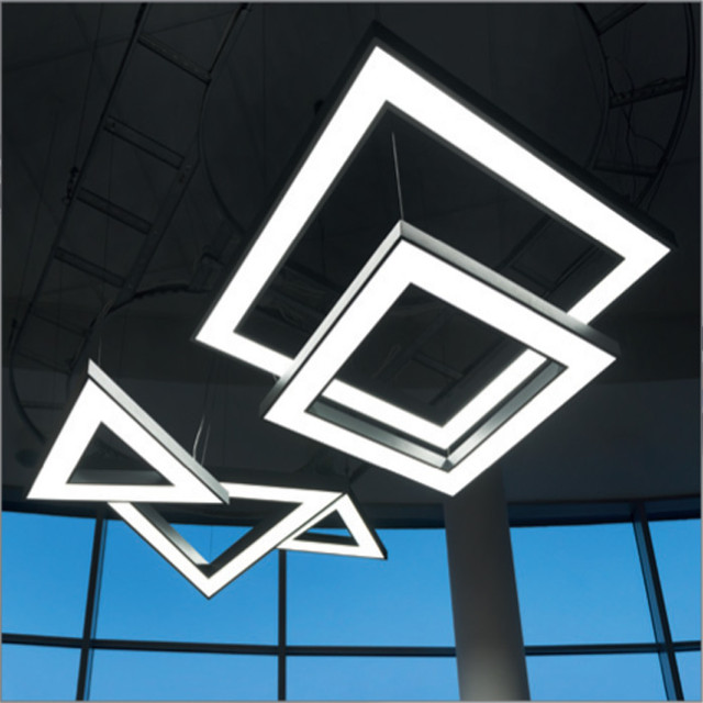 Serie Matrix 3Eck und 4Eck. Diverse Lichtkomposition und Kreativität sind möglich.