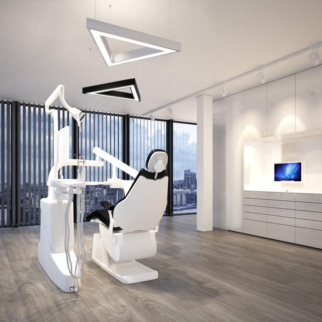 Kreative Beleuchtungslösung im Behandlungsraum.