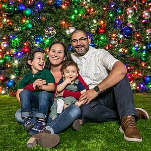 Villamil Family Holiday Portraits