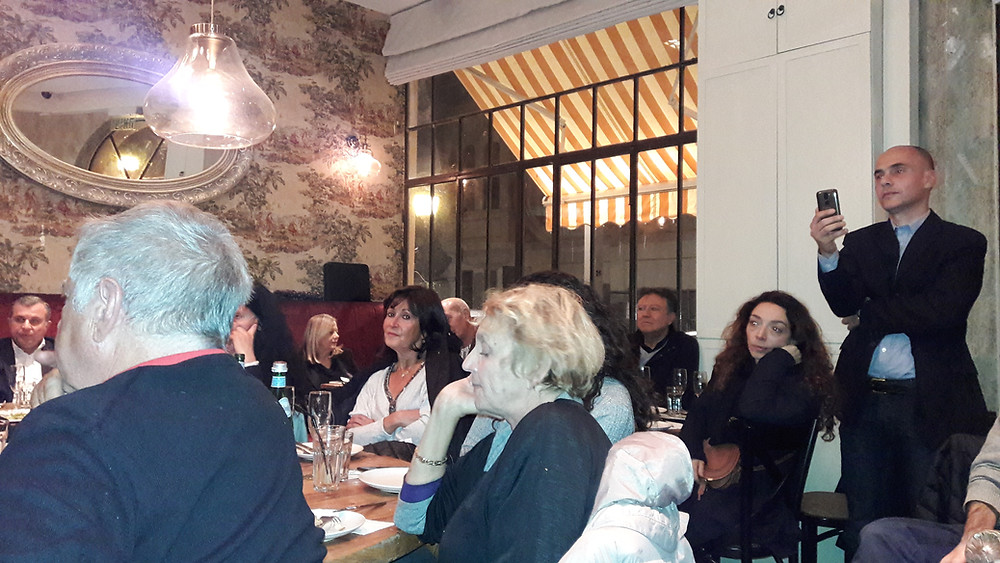 L'audience écoute les interventions de Dr Edgar Cohen et Dr Karine Barkat