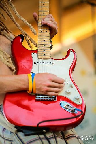Darren Guitar.jpg