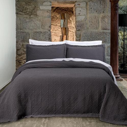 Cotton Matelassé Bedspread