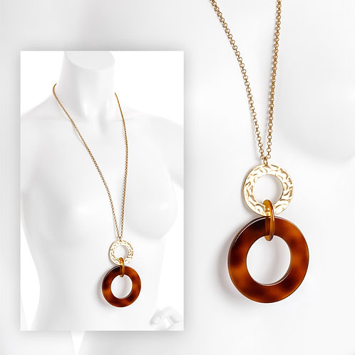 Brown tortoise shell effect pendant chain necklace