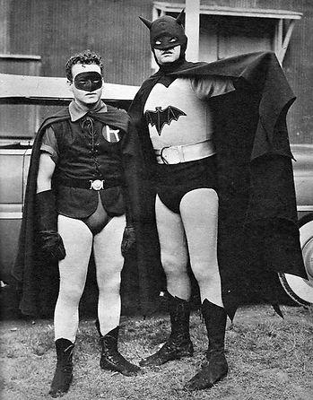 batman and robin 1940s.jpg