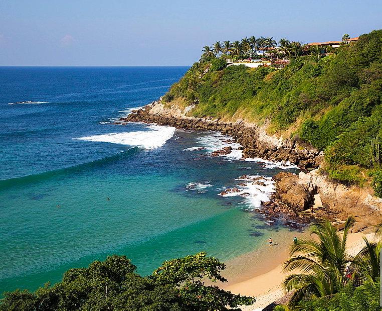 Puerto Escondido Playa Carrizalillo.jpg