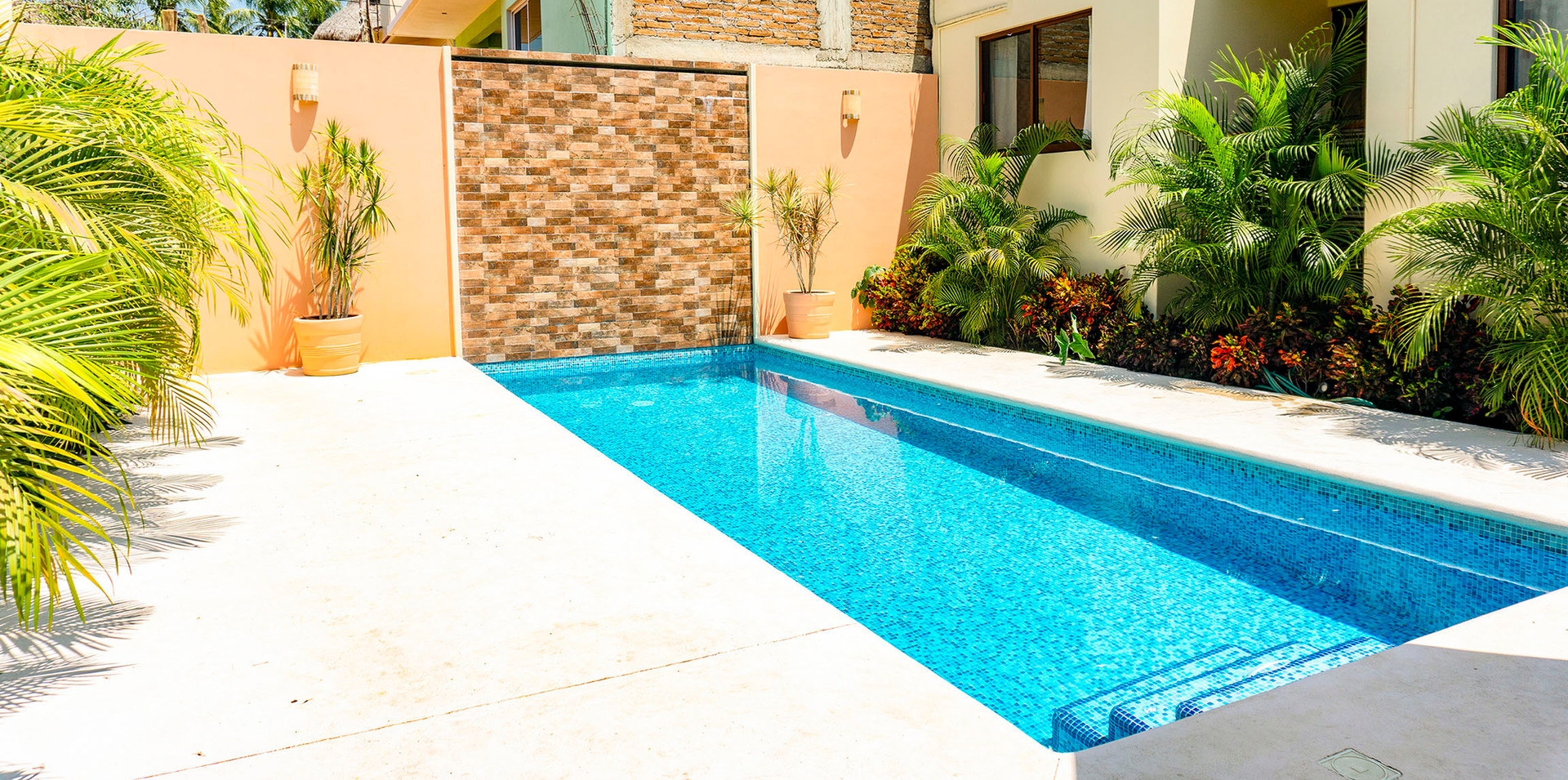 El Nopal Surf House - common area 5.jpg