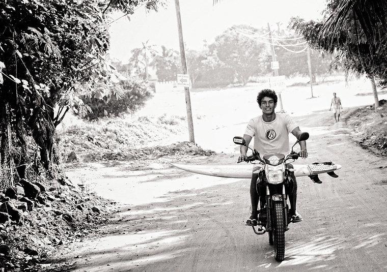 Puerto Escondido Oscar motorcycle.jpg