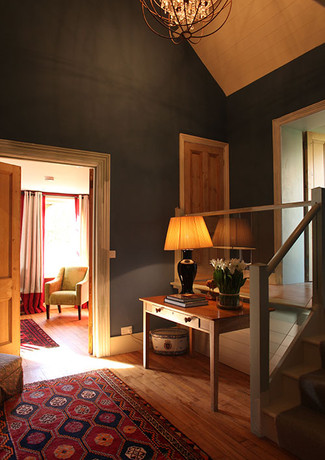 Interiors1-mini-hallway.jpg