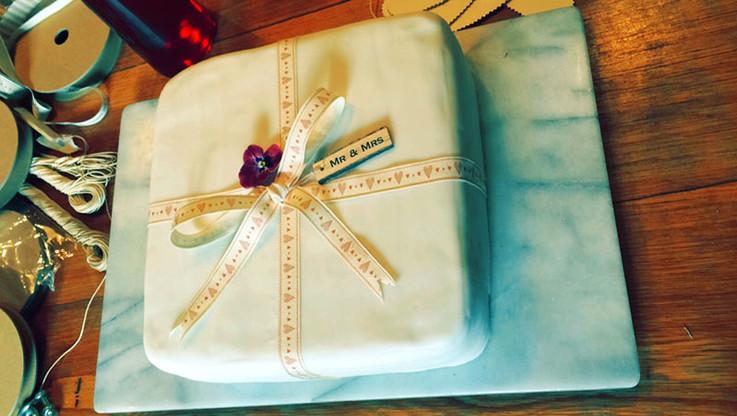 Weddings-cake.jpg