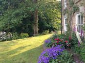 Gardens2-spring-garden.jpg
