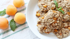Vegan Apricot Oatmeal Cookies
