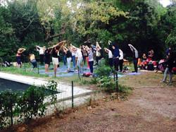 yoga cours extérieur