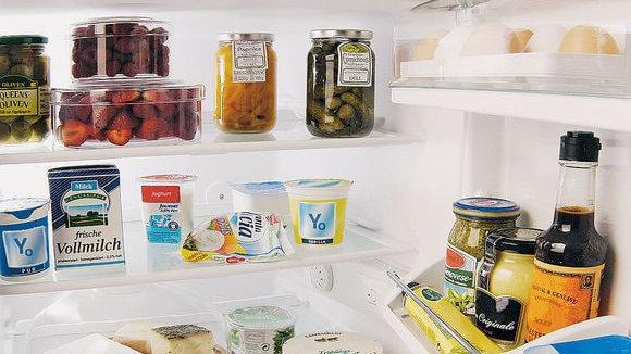 Remplissage du frigo / Refrigerator filling