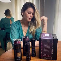 Maúcha Coelho para Truss Hair