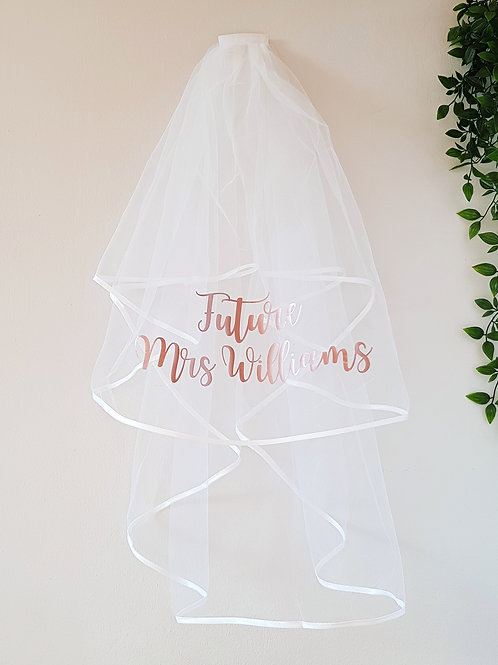 personalised hen night veil in rose gold