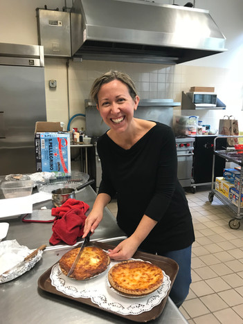 Cutting the Quiche at the WA Fall Luncheon, November 2017.