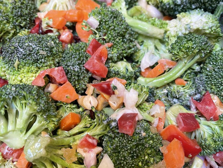 Broccoli Cashew Crunch Salad